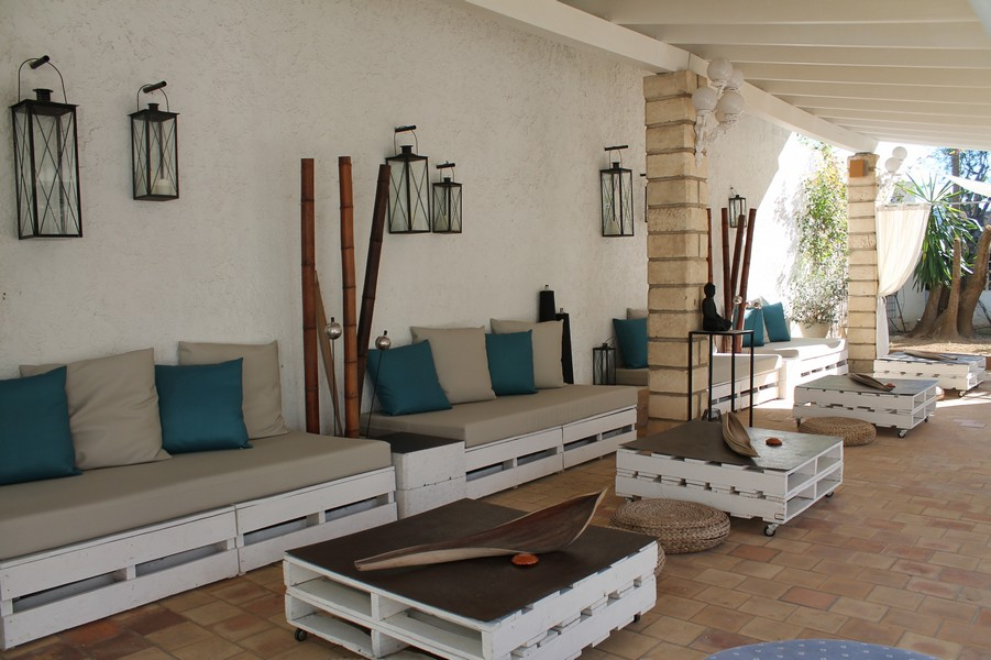 relax at chill out of the hotel bahia de alcudia